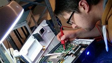 Bild Beamer Reparatur Zentrum Beamer Reparatur von Mitarbeiter